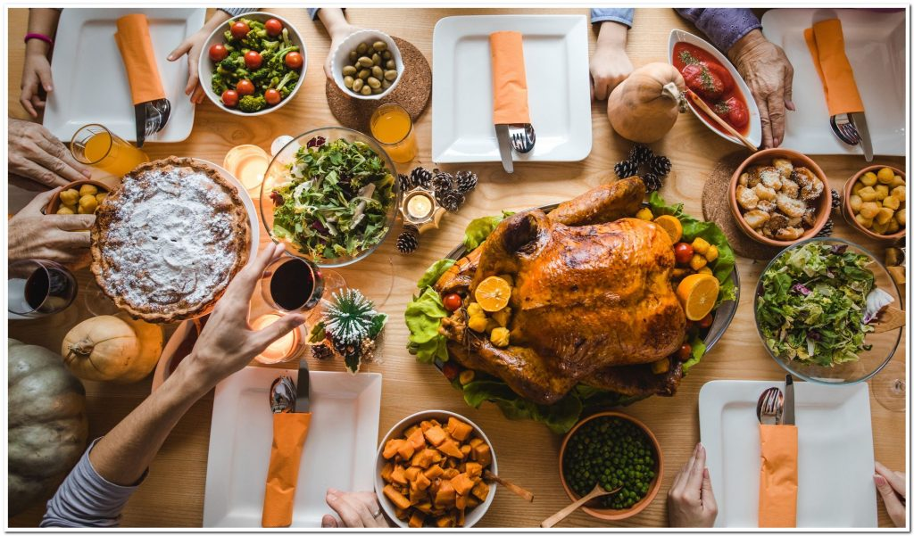 Entertainment Ideas for Your Next Thanksgiving Party